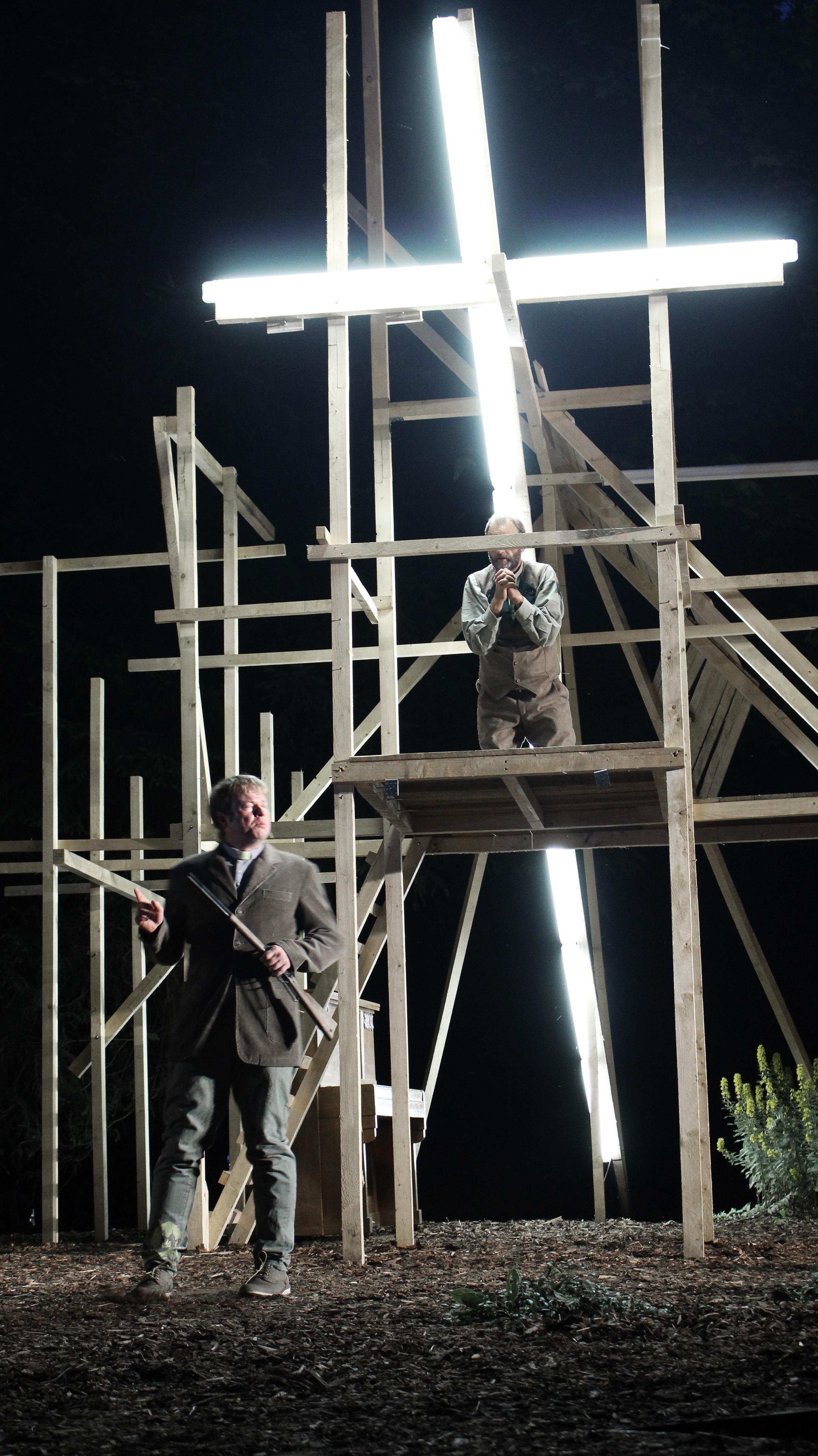 Theaternatur-Alte-Dame_8860-®Lucian-Patermann